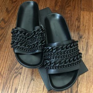 Kendall and Kylie slides